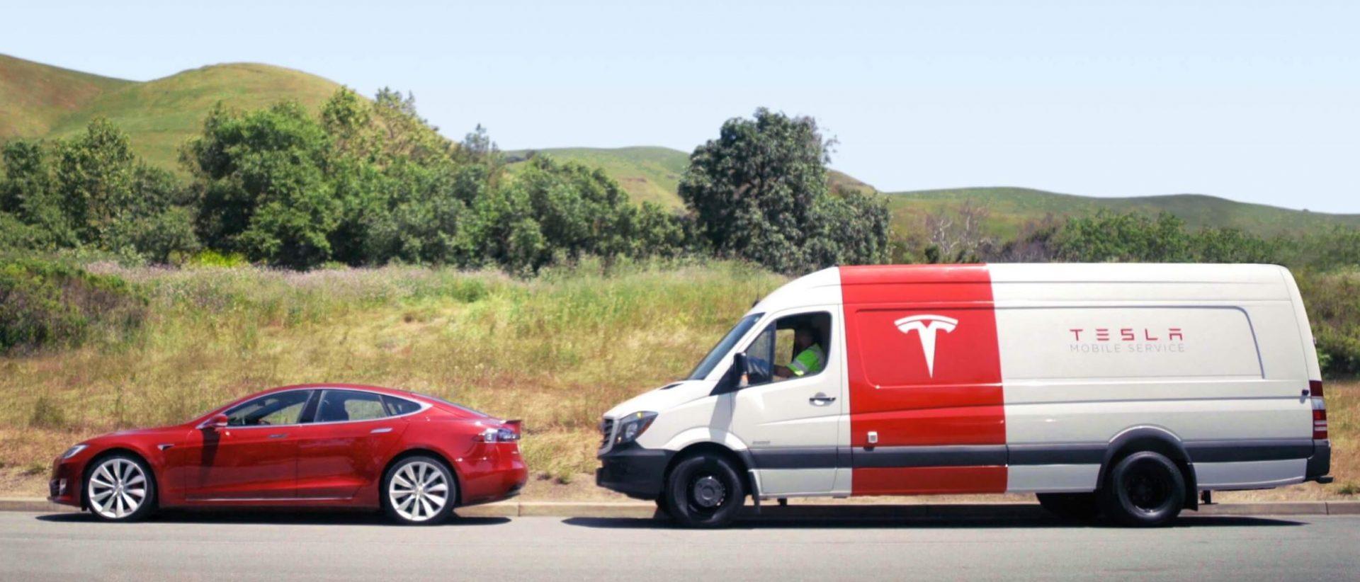Владельцы Tesla вскоре смогут вызывать мобильную бригаду ремонтников через приложение