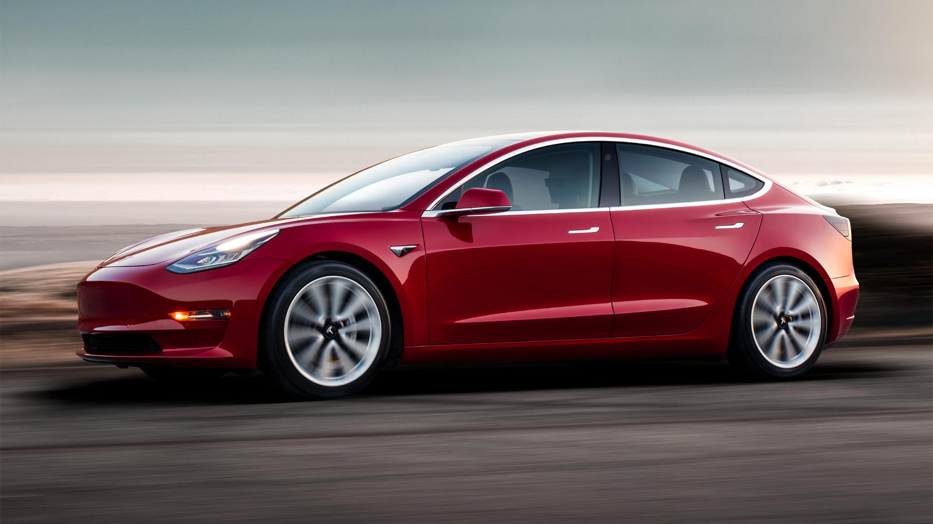 Tesla запускает лизинговую программу для Model 3 1