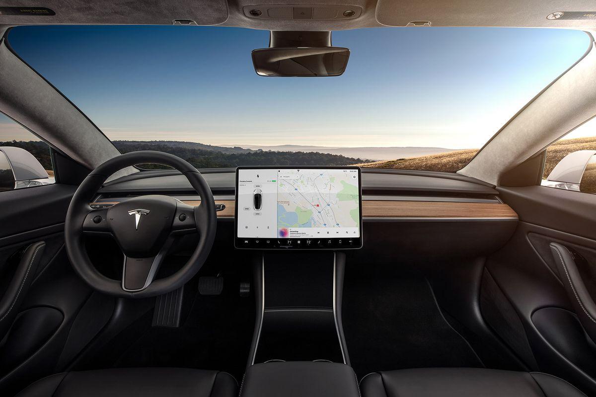 Топовые варианты Tesla Model 3 появятся в Китае в первом квартале следующего года 1