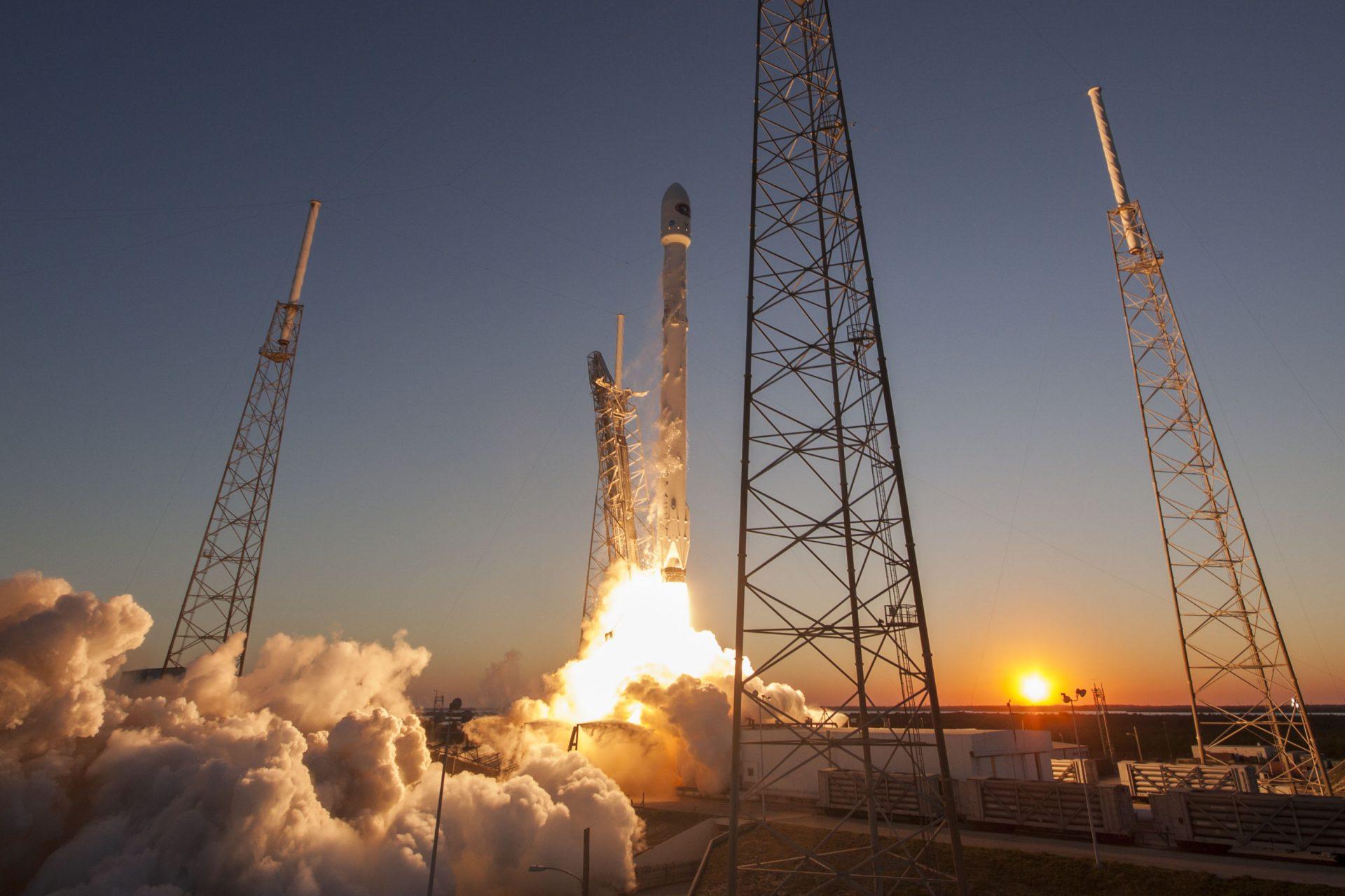 В SpaceX поменяют название ракеты на Starship