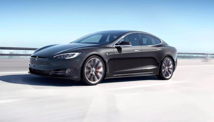 Audi E-Tron GT против Tesla Model S в цифрах 13