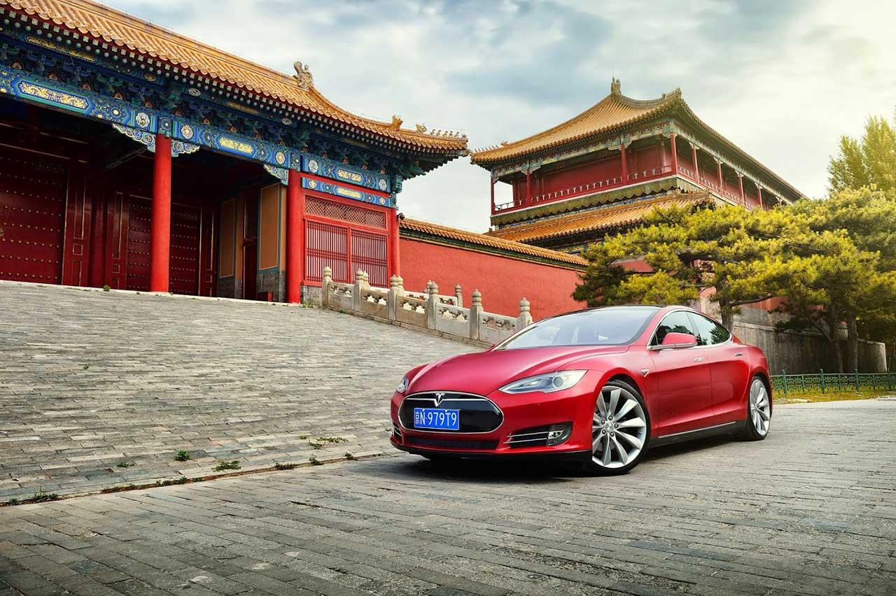 Tesla получила $ 521 млн от китайской фабрики 1