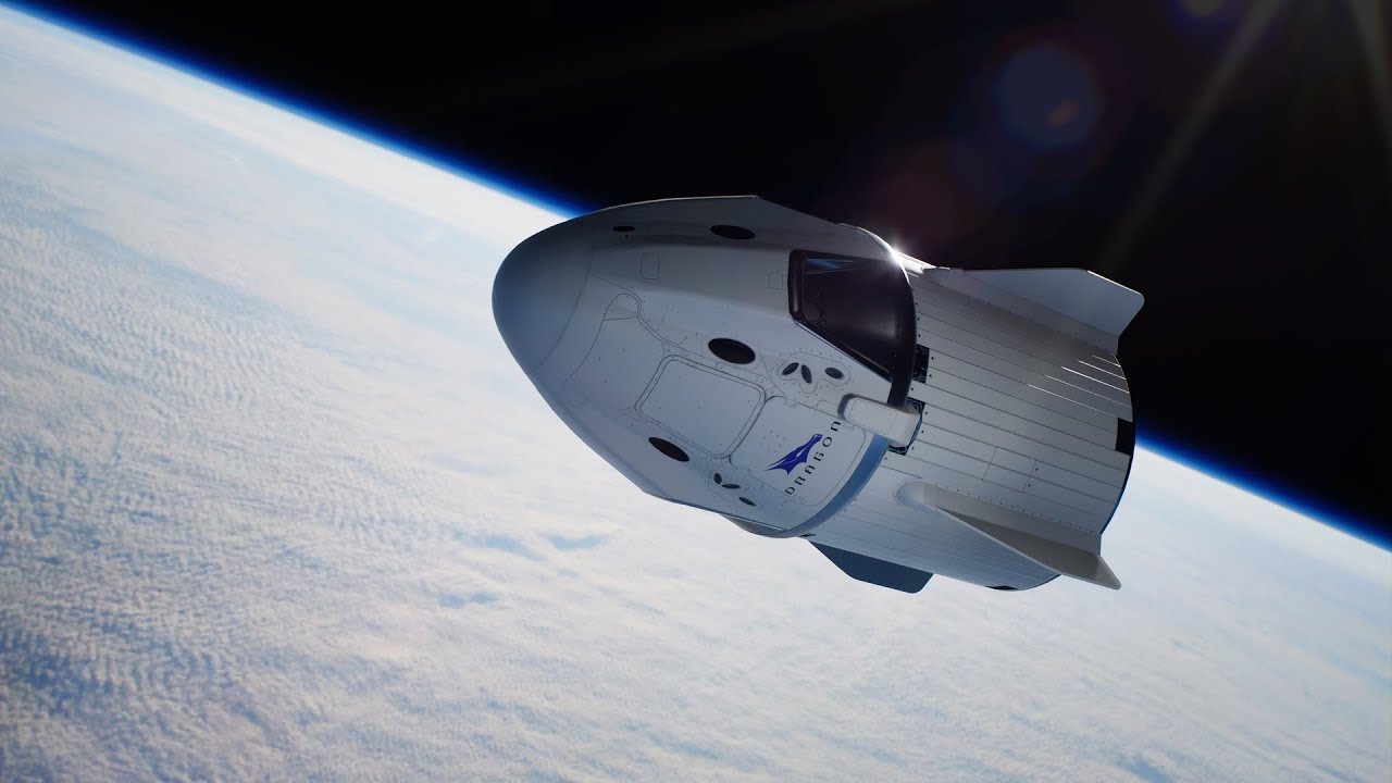Капсула экипажа SpaceX Crew Dragon возвращается на Землю