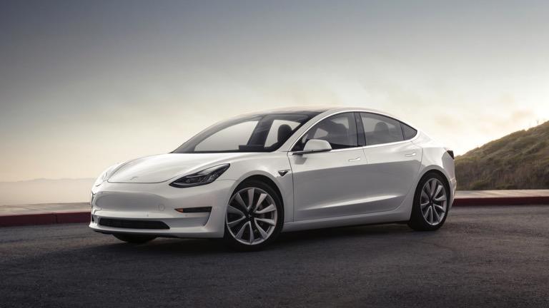 Tesla убирает стандартную Model 3 за 35 тысяч долларов из интернет-магазина 1